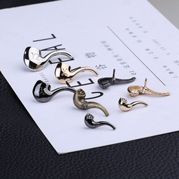 coral pipe NZ - Europe and the United States exquisite pipe brooch jewelry shirt collar horn stabbing horse buckle wholesale