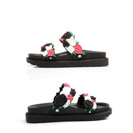 sandals slipper designing 2019 - 2018 Women's Flower Design Indoor Bathroom Slides Summer Women Garden Clogs Slippers Super Light Ladies Slipper Bea