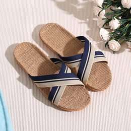 f96fc4b88 Men Slippers Sandals Flip Flops 2018 New Summer Fashion Breathable Non-slip  Shoes Man Home Slides Striped Casual Female