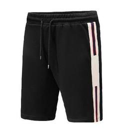 Ingrosso Fornitura Italia Tronchi di nuoto solido Abbigliamento moda Uomo Estate Pantaloncini da spiaggia Bermuda Pantaloni corti per il tempo libero Pantaloncini casual in cotone