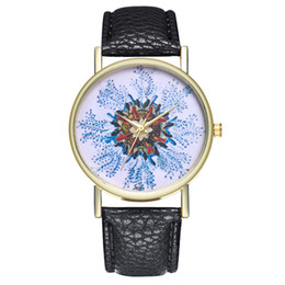 Chinese  Women Watches Fashion Ladies Retro Peacock Bracelet Sapphire Simulation Quartz Watch Drop shipping manufacturers