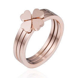 Discount flowers rose white love - 316L Stainless Steel Rose Gold Rings For Women Three-In-One Style Peach Love Heart Flower Wedding Ring Jewelry with Box