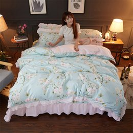Pink Ruffles Lace Bedding Sets NZ - New Korean pastoral flower print blue bedding sets princess pink ruffle lace douvet cover beding wrinkle bedspread home textiles