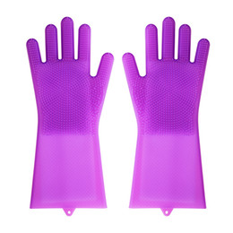 Gloves for cookinG online shopping - Hot silicone cleaning gloves with brushes magic washing glove for dishes bath cook pet grooming Anti scalding slicone brush gloves colors