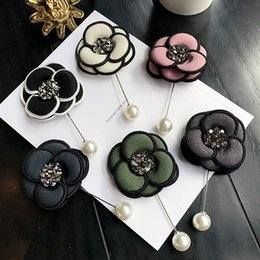 CzeCh brooCh online shopping - High quality fashion new best selling Czech Rhinestone retro Camellia brooch brooch pin needle needle pearl buckle