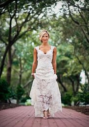 $enCountryForm.capitalKeyWord NZ - 2018 Full Lace Wedding Dresses Country Style Pluging V-neck Cap Sleeves Keyhole Back A Line Vintage Custom Made Bridal Gowns