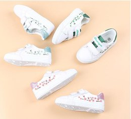 Korean Baby Shoes Canada - Spring new cute white shoes girls PU shoes Princess Korean baby wild tide shoes free shipping