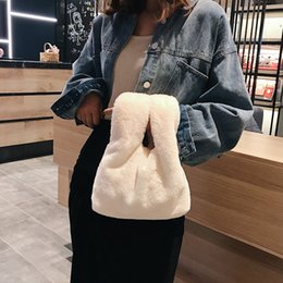 $enCountryForm.capitalKeyWord Australia - New Hot Sale Autumn Winter Plush Bag Lady's Bag Handbag Fashionable Lady's Wool Bag Leisure Shopping Hand Carry Small Tide