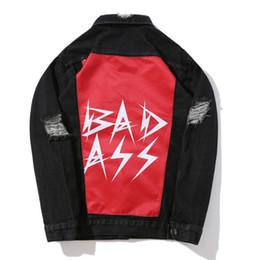 Ingrosso Giacca in denim caldo 2018 con maniche strappate per vecchie giacche da uomo vintage da moto tendenza hip hop di alta qualità con adesivi jeans