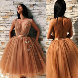 prom dress pink fluffy NZ - Arabic Fluffy Tulle Homecoming Dresses Sexy Deep V-neck Backless Cocktail Dress Party Gowns Fashion Knee Length Ball Gown Prom Dresses