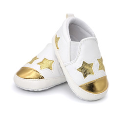 $enCountryForm.capitalKeyWord Canada - 2018 Hot sale pu leather bling sequins stars baby shoes moccasins Infant Toddler boys girls first walkers sneakers for 0-18M