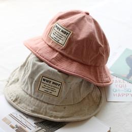 Moda Bucket Chapéus de Algodão new york Ocasional Pescador Caps Chapéus de  Hip-hop Para Mulheres Dos Homens Lindo Chapéu 758d05f8634