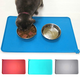 Wholesale Hot selling pet placemat Rectangle shape cat dog feeding mat Large size silicone pet food mat cm with waterproof edge