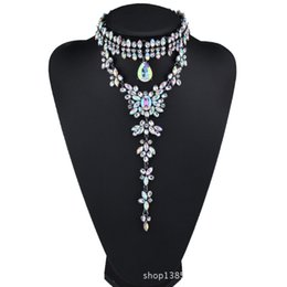 Chinese  Gorgeous Choker Pendant Necklace for Women with Pretty Crystal Beads Costume Jewelry for Wedding Dress 3 Colors 1 Pc manufacturers