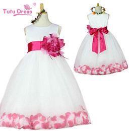 Christmas Tables Canada - Korean version of children flower long lace wedding skirts white girls princess dress floral tutu tulle multi-layer skirt table show dresses