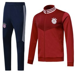 2018 2019Top quality jacket Training suit kits soccer Jersey 1819 new  TRACKSUIT VIDAL LEWANDOWSKI MULLER ROBBEN football kit 94b766dba