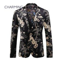 Diseño de traje para hombre Producción de estampado de patrones de tejido jacquard de alta calidad Para cantantes de actor trajes casuales para hombres trajes oficiales para caballeros