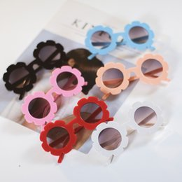 Wholesale Children s sunglasses cute flowers floret candy colors boys and girls children sunglasses baby boomers