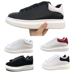 Designs Dress online shopping - New Design Luxury Designer Comfort Casual Leather Shoes Men All Leather Sport Sneaker Personality Trainer Dress Party Shoe Daily Runner