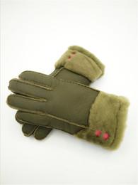 Leather Wrist Gloves Australia - 2018 New Women Winter Gloves Cute Fashion Wool Gloves Leather Warm Gloves Windproof Antifreeze