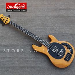 Großhandel Freies Verschiffen kundenspezifischer Musikmann ernie Ball Sting Ray Bass 4 Saiten E-Bass-Gitarre Großhandel Musikinstrument Shop