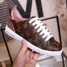 113c8eb2b981 Chic Branded Women Patent Canvas Frontrow Lace-up Sneaker Fashion Girl Gold  Metal Rubber Outsole Classic Tennis Shoes