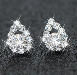 Опт Ювелирные украшения Свадебные украшения Новые антиаллергические Южной Кореи Бабочка жемчужный клевер Moon Star Diamond серьги дешевая доставка асимметрия