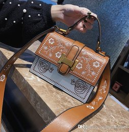 $enCountryForm.capitalKeyWord Canada - Factory wholesale brand handbag street fashion color woman flower embroidery fashion handbag bag Embroidered Leather Handbag trend