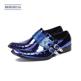 Discount designer oxford shoes - 2018 Designer Luxury Blue Genuine Leather Sequins Men Shoes Wedding Shoes for Men Prom Party Handmade Buckle Shoes Plus