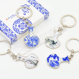 $enCountryForm.capitalKeyWord Australia - 30piece lot Blue and white porcelain key fastener Pendant Special Chinese style gifts Party colleagues gifts