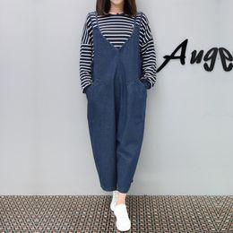 Jumpsuit Women Large NZ - Street Style V-neck Large Pocket Women Loose Suspender Long Pants Slim Comfortable Jeans Overalls High Quality Denim Jumpsuits