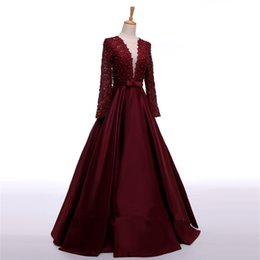 Chinese  Enchanting Long Sleeve Prom Dresses V-Neck Sheer Back Lace Evening Party Dress A-Line Vestido De Festa Cheap Long Prom Dresses manufacturers