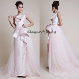 One hand peplum prOm dresses online shopping - Pale Pink One Shoulder Peplum Evening Dresses Azzi Osta Overskirt Sheath Prom Gowns Satin Floor Length Formal Party Dresses