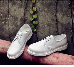 $enCountryForm.capitalKeyWord Canada - luxury designer brand 2018 men Genuine Leather Mens Lace-up mens dress Shoes white black brown Leather Shoes Flat Tooling Male Oxfords Shoes