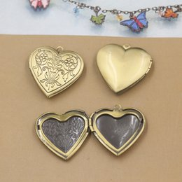 $enCountryForm.capitalKeyWord NZ - 10pcs 30mm antique bronze brass heart flower photo locket pendants for necklace vintage picture frame charm pendant metal wish box jewelry