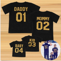 $enCountryForm.capitalKeyWord NZ - Interesting Family Matching Outfits Cotton Black Golden Number Printed Dad Mom Kid Baby Sorting Age Short-sleeved T-shirt Family Clothes