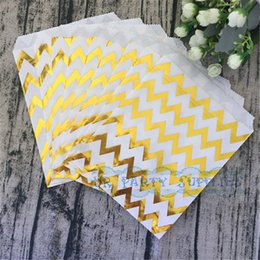 $enCountryForm.capitalKeyWord NZ - Baby Shower Candy Bags 100pcs Gold Foil Paper Bags in Chevron Popcorn Snack Wrapping Bags for Birthday Wedding School Party