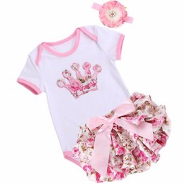 baby girl birthday crowns Canada - Unicorn Crown infant baby girl clothing set bodysuit Short summer;Princess newborn baby girl clothes bebe costume first birthday Y18102207