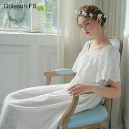 Women Vintage Gown White Cotton Princess Nightgown Ladies Royal Casual  Sleepwear Women Night wear European Retro Style Dress2130 be1ed480d