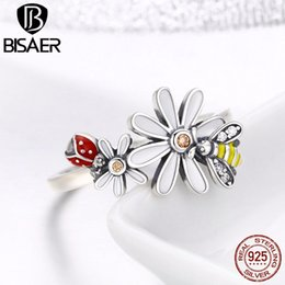 ef0abf0459b 2018 Spring Collection 925 Sterling Silver Daisy Bing   Dancing Bee Flower  Finger Ring for Women Girl Wedding Ring