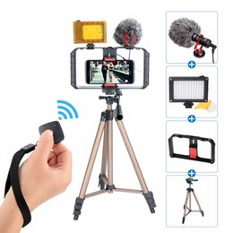 Discount stabilizer smartphone - Ulanzi Handheld Smartphone Video Rig Phone TrMount Stabilizer + Dimmable LED Light + BY-MM1 Microphone for iPhone
