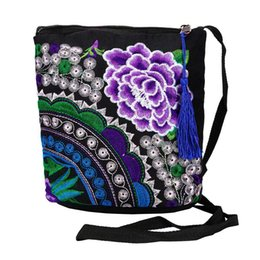 $enCountryForm.capitalKeyWord UK - Women Ethnic Handmade Embroidered Wristlet Clutch Bag Vintage Purse Wallet Women Vintage Fashion Top Quality Hangbags