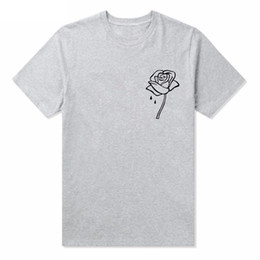 Wholesale Rose Embroider Tshirts Men Summer Tees Women Simple Casual Tee White Black Grey Short Sleeved Tops Clothing