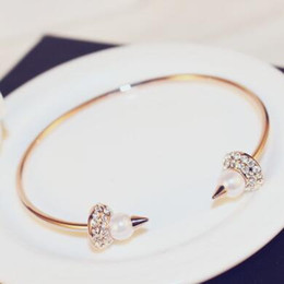 $enCountryForm.capitalKeyWord Canada - New Designer Crystal Pearl Open Bangles & Bracelets Rose Gold Plated Punk Bangles Fine Jewelry Fashion Accessories