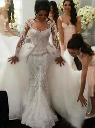 2018 gioiello illusione collo maniche lunghe abiti da sposa sirena con treno staccabile applique in rilievo sheer backless abiti da sposa in Offerta