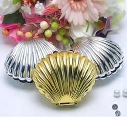 chocolate shells wholesale UK - 30pcs Gold Silver Shell For Wedding Party Baby Shower Favor Candy Chocolate Box