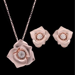 $enCountryForm.capitalKeyWord Australia - Earrings Necklaces Jewelry Sets Fashion Women High Quality Rhinestone 18K Gold Plated Flowers Party Jewelry 2-Piece Set Wholesale JS322