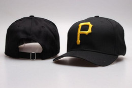pirates logos 2019 - Fashion Pirates Snapback Hats Fashion Design Classic Embroidered Logo Bones Sports Baseball Flat Caps With Big Yellow Le