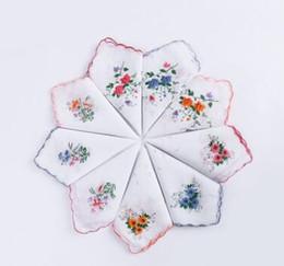 China 100% Cotton Handkerchief Cutter Ladies Handkerchief Craft Vintage Hanky Floral Wedding Party Handkerchief Support 30*30cm Random Color suppliers