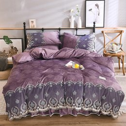 Wholesale Luxury Purple Pink Blue Winter Thick Flannel Girl Bedding set Crown Lace Fleece Fabric Duvet Cover Bed skirt Pillowcases